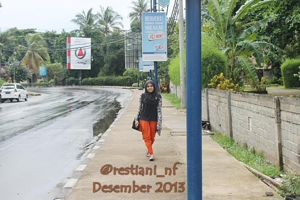 Suasana di jalan Senggigi - Lombok