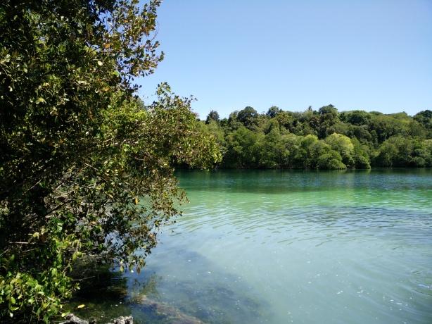 View kiri danau kakaban