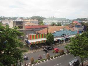 Penampakan Jalanan Utama Kota Tarakan dari View Kamar Hotel